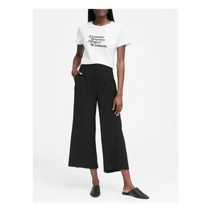 High-rise wide-leg cropped pant - Black - 2 Short